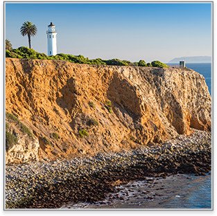 Palos Verdes Estates Lighthouse on a cliff